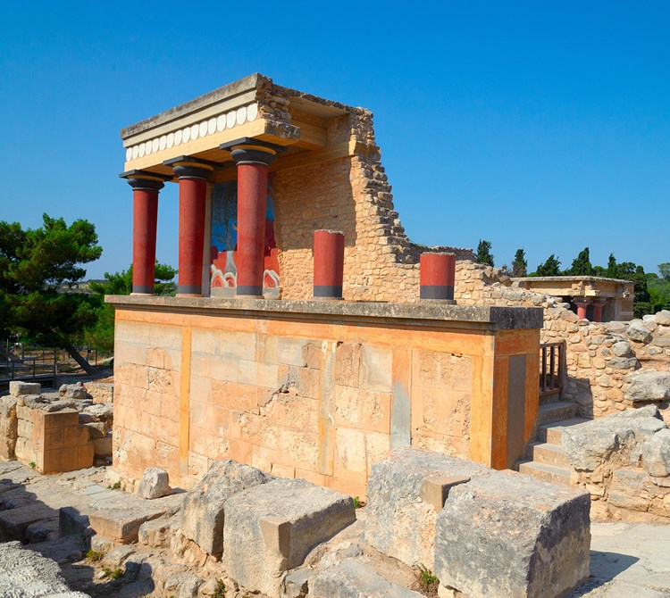 Crete – From East to West